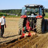 Vorschaubild des Artikels Von Pflügen, Traktoren und perfekten Furchen